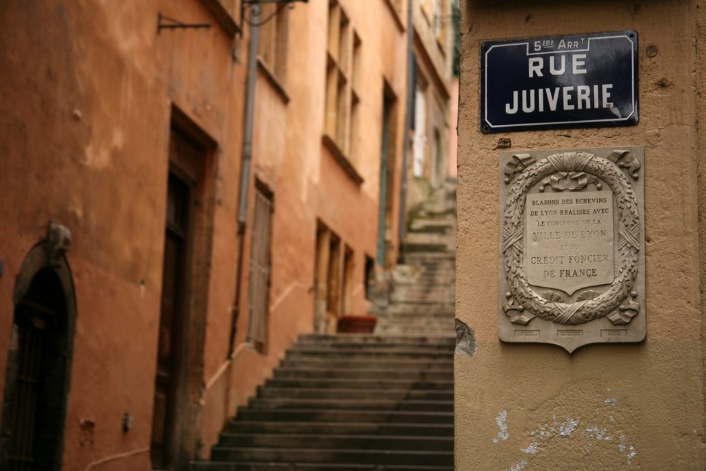 rue Juiverie restaurant Vieux-Lyon
